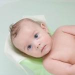 初めての沐浴! 赤ちゃんがリラックスできる沐浴方法