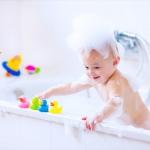 お風呂嫌いな子どもが喜ぶお風呂おもちゃ【ベスト3】