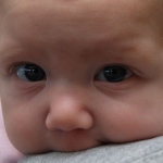 【油断厳禁!】乳幼児に無表情で受け答えしてはいけない理由