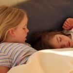 育児ママによく起こる不眠の原因とは?