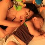 夜泣きのせいでママは不眠になりがち!対応策ベスト3