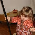 【1~3歳】やる気をつぶさないお手伝いの褒め方・直し方